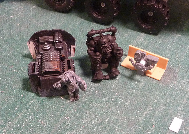 Ork Pilot and Commo Grot